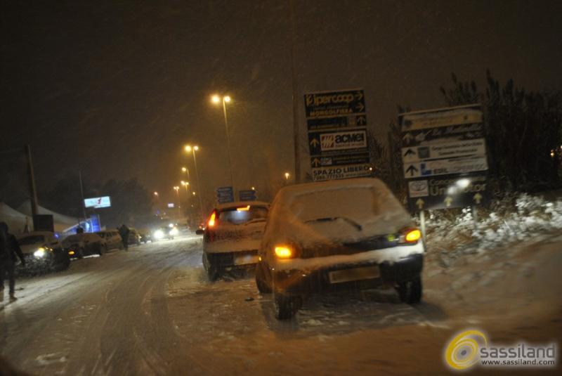 Emergenza neve a Matera - 30 dicembre 2014 (foto SassiLand)