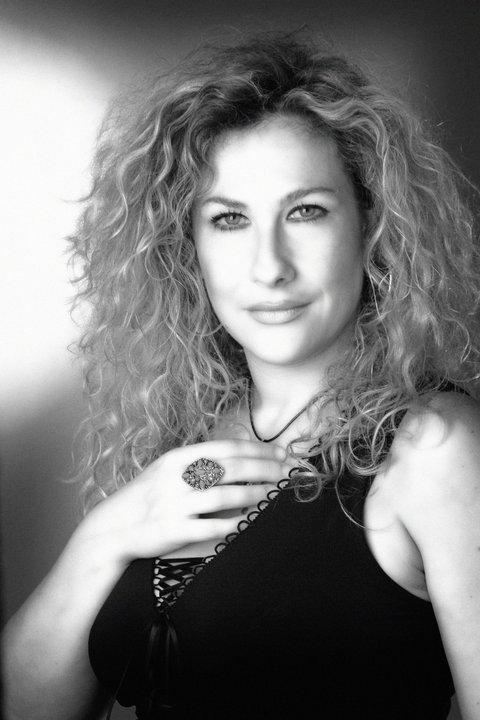 Paola Arnesano