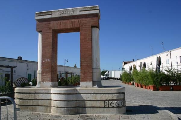 Scanzano Jonico - Piazza Ascalesi (foto internet)