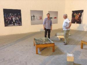 Carmentano a sx con Antonio Paradiso al parco scultura - Matera