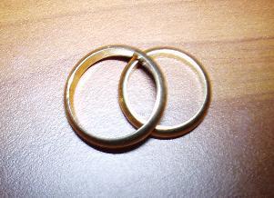 Fedi nuziali (foto di wikipedia) - Matera