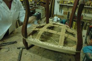 Restauro di mobili antichi - Matera
