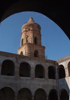 La storia tra le pietre: dal convento di San Francesco alla Rabatana - Matera