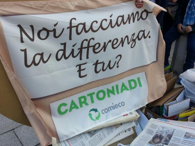 "Flash-mob ""I Love Cartoniadi"" - 18 maggio 2014"
