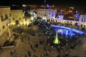 Flash-mob per Matera 2019 in piazza Vittorio Veneto - 28 dicembre 2013 (foto SassiLand) - Matera