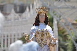 La statua di Maria SS.della Bruna in processione. Matera 2 Luglio 2012