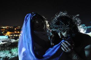 Crocifissione sulla murgia materana. Gesu'incontra Maria.Foto Pino Losignore.