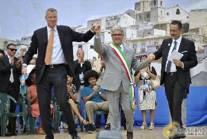 Il sindaco di New York, Bill De Blasio a Grassano (MT) - 24 luglio 2014 (foto SassiLand) - Matera