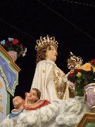 Matera p.zza V.Veneto. Statua Madonna della Bruna sul carro trionfale.Foto Pino Losignore