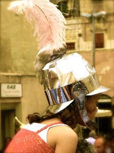 Una bambina sulle spalle del papà - Piazza San Francesco d'Assisi - 2 Luglio 2011