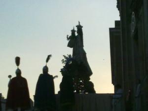 questa immagine è stata scattata otto giorni dopo la nostra fantastica festa: la Bruna! Roberta Persia; Piazza san Francesco ore 19.30