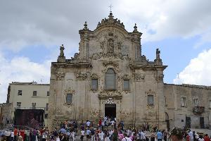 pregando tra la gente - Matera