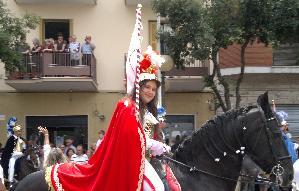 Un'altra ragazza ha realizzato il sogno di un giorno a cavallo nella Festa di Maria Santissima della Bruna.