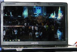 Per la seconda volta seguo la festa in streaming da Milano.