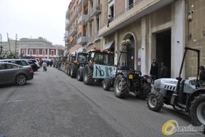 Manifestazione contro l´IMU agricola a Matera - 24 marzo 2015 (foto SassiLand)
