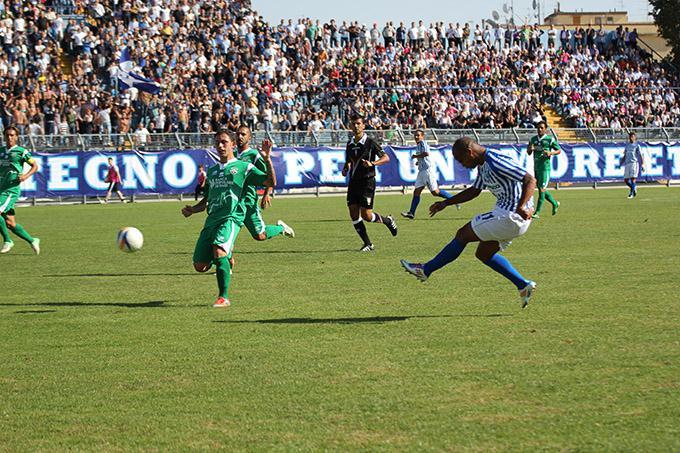 Matera Calcio vs Monospolis (foto Cosimo Martemucci) - 23 settembre 2012