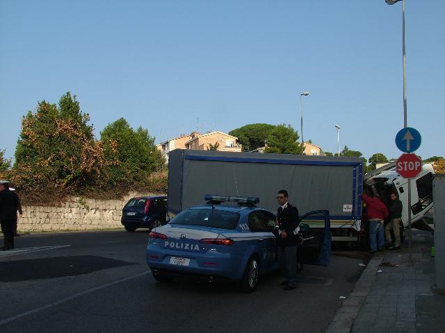 Traffico difficile in Via Lucana (foto martemix)
