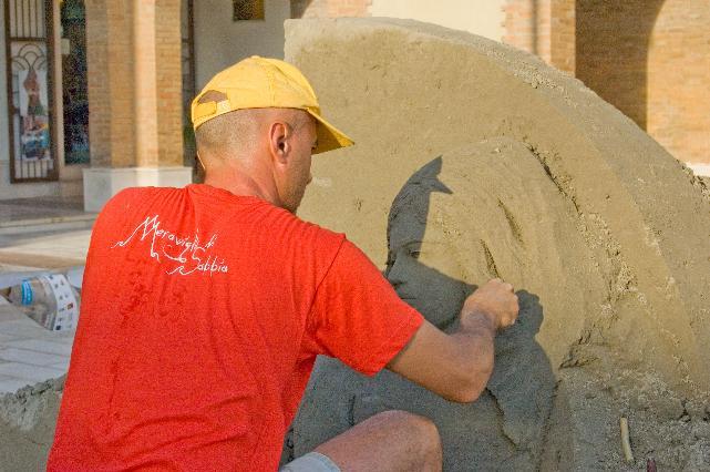 A Marina di Pisticci è in partenza la cinque giorni dedicata alle sculture di sabbia