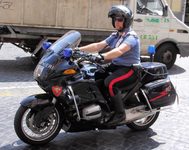 Carabinieri in moto