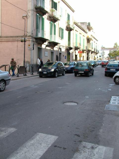 TRAGICO INCIDENTE IN VIA LUCANA: UN UOMO MUORE INVESTITO DA UN SUV (foto martemix)