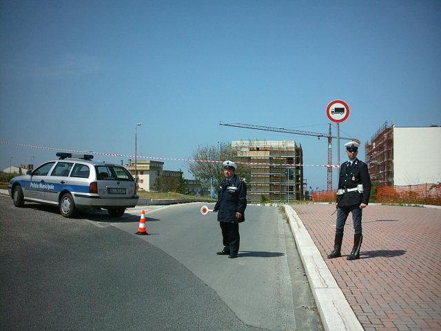 Vigili urbani (foto Martemix)