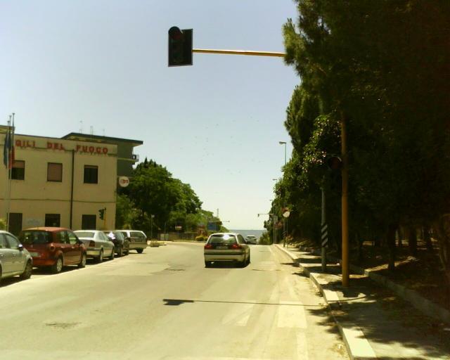 Semafori spenti da mesi in città