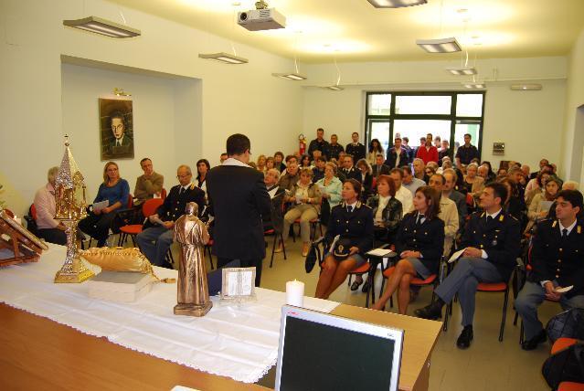 Reliquie di San Pio in questura a Matera