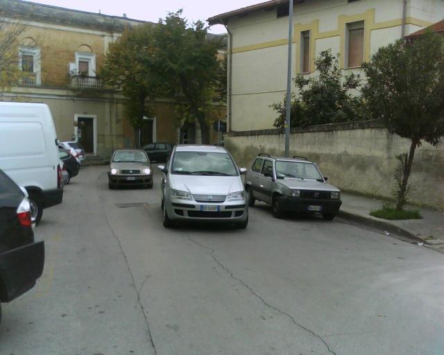 Via Gattini. Il punto in cui è avvenuto il fatto (foto Martemix)