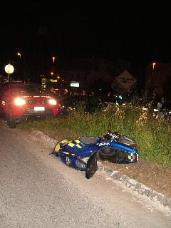 Incidente tra auto e moto in via Maiorana (foto martemix)