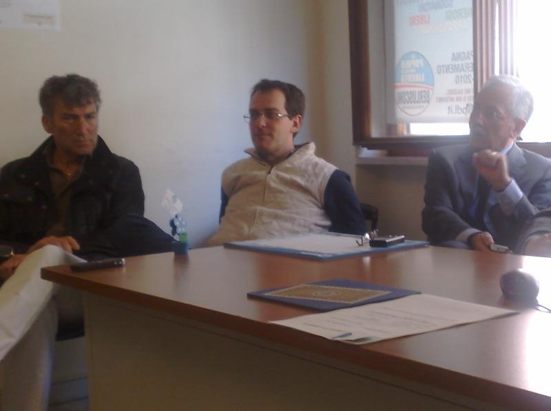 Conferenza Pdl (Danilo Mazzilli - Sassiland.com)