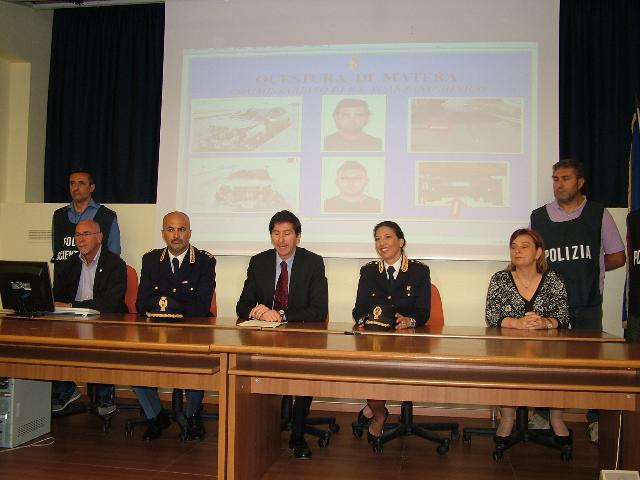 Conferenza su intimidazione pantano (foto Martemix)