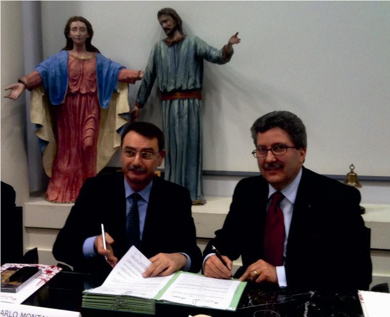 Firma intesa Comieco - Camera commercio Matera (foto SassiLand)