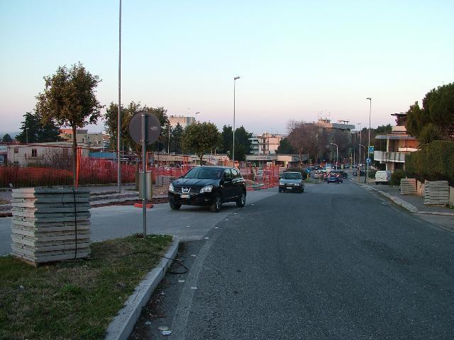 Lavori stradali in via dei Normanni (foto martemix)