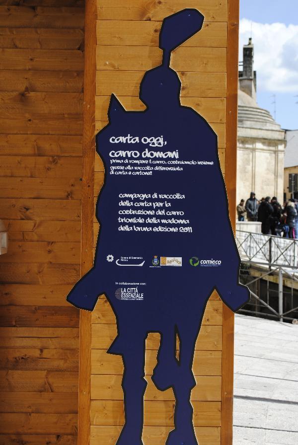 Iniziativa Comieco e Camera di Commercio Matera per realizzazione Carro della Bruna 2011