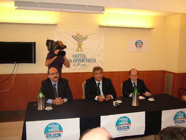 la conferenza sul Bonus benzina (foto Martemix)