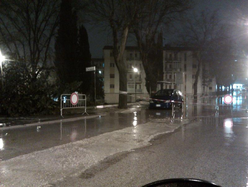 Nubifragio a Matera - via De Gasperi - 01 marzo 2011