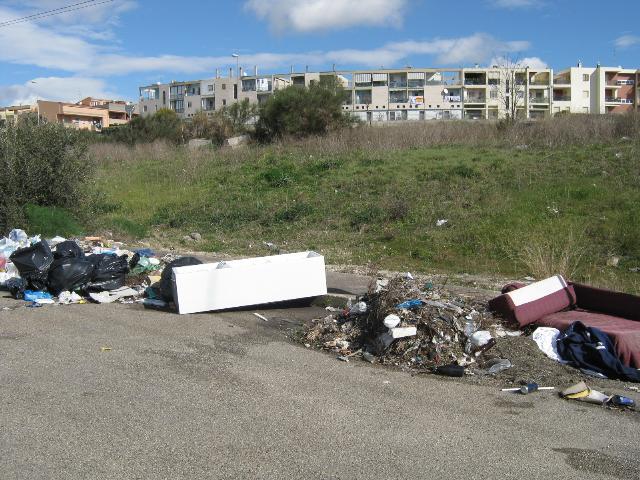 rifiuti (foto Martemix)