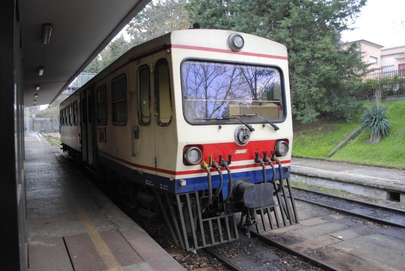Treno delle Ferrovie Appulo Lucane FAL (foto SassiLand)