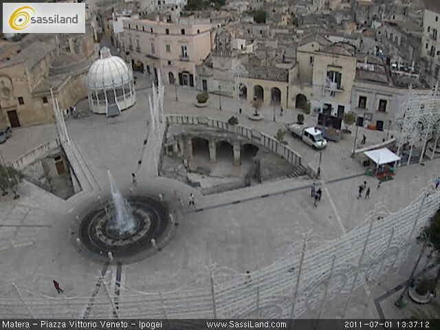 Webcam sugli ipogei di piazza Vittorio Veneto - Matera
