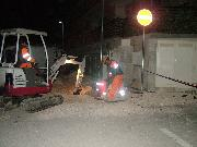 i lavori urgenti di ieri sera (foto martemix)