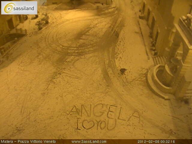 Angela, i love you, un messaggio d´amore su una webcam di SassiLand