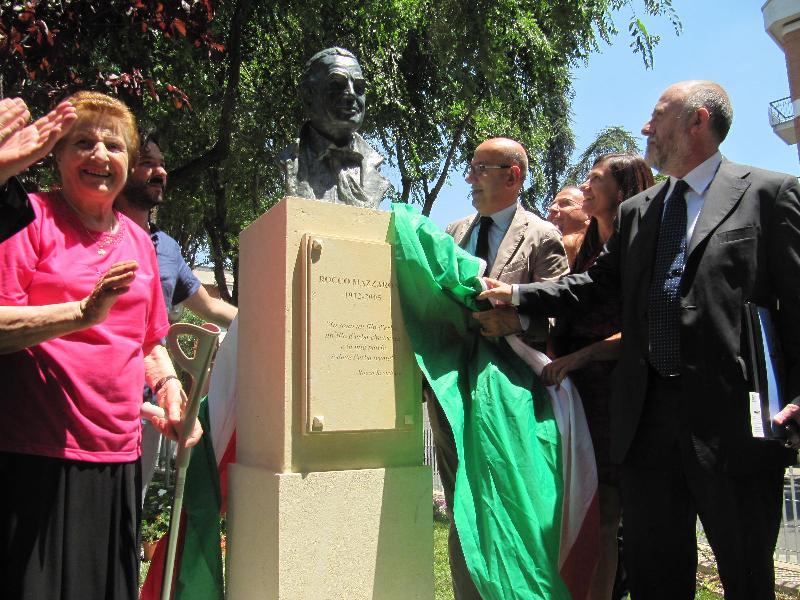 Cerimonia di intitolazione Centro disabili gravi a Rocco Mazzarone - 6 luglio 2012