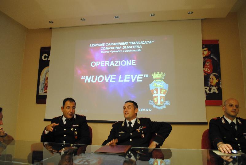 """Conferenza stampa dei carabinieri sull´operazione """"NUOVE LEVE"""" - 4 luglio 2012"""