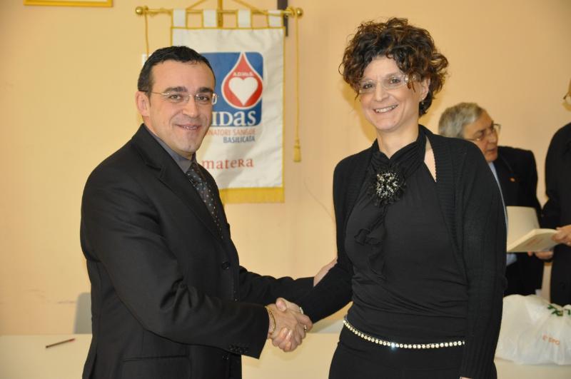 Da sx il Presidente uscente Francesco Salvatore e la neopresidente Mariangela Giacumbo