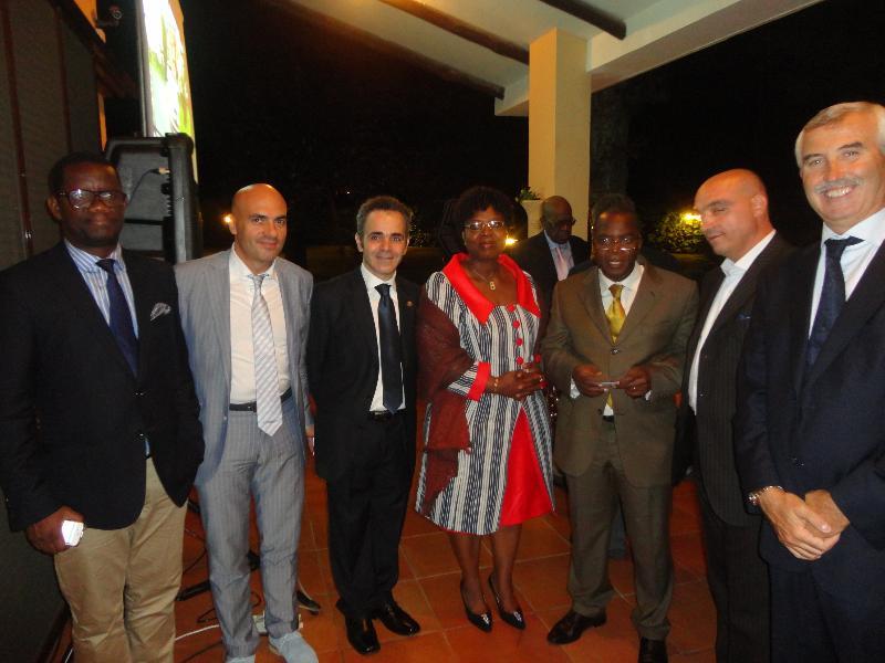 Fratelli Braia con ambasciatori africani