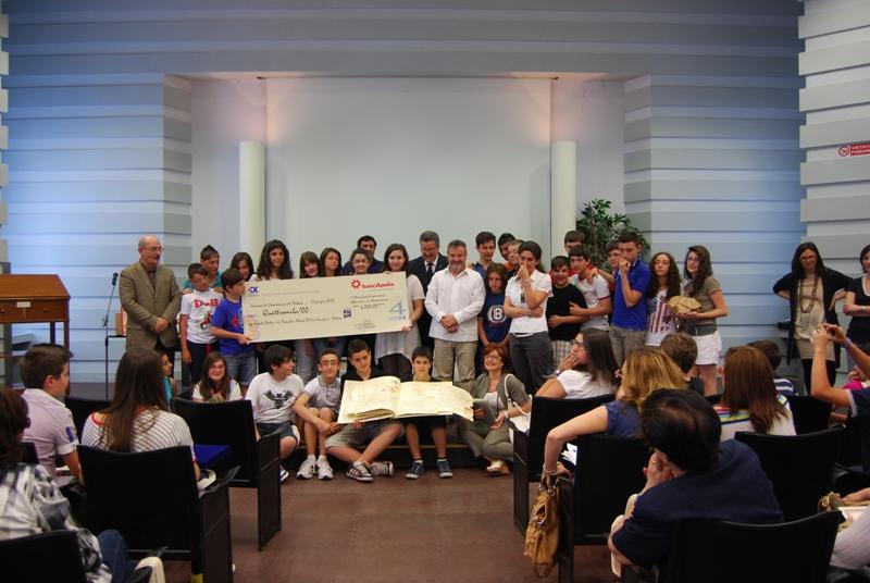"""Gastronomia. premiati gli studenti della scuola Media """"Giovanni Pascoli´´ di via Lucrezio - 11 giugno 2012"""