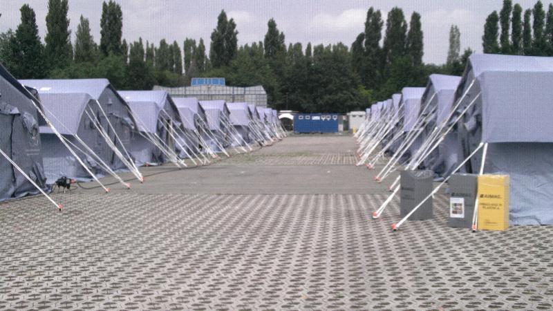 Il Campo di transito delle Piscine di Carpi, in provincia di Modena, gestito dalla Regione Basilicata per il terremoto in Emilia Romagna - 8 giugno 2012