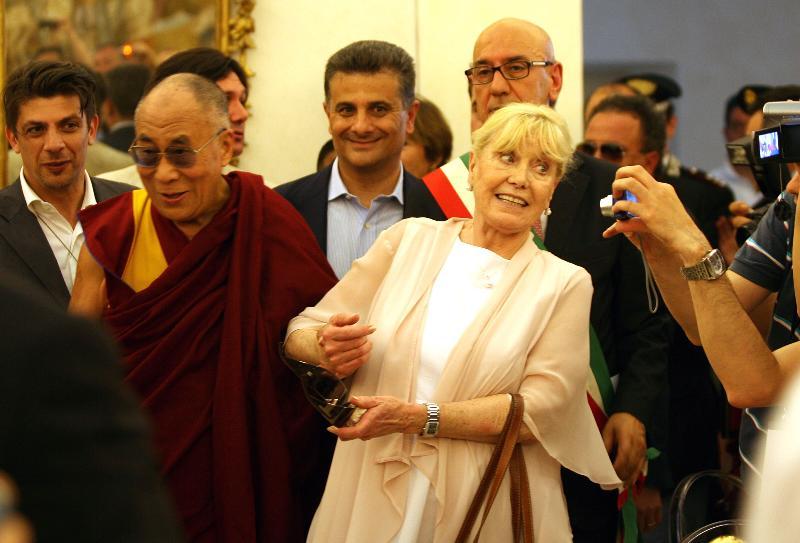 Il Dalai Lama e Betty Williams