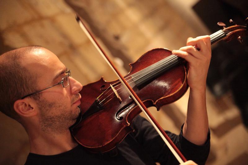 Il violinista Marco Fusi (foto Marco Priori)