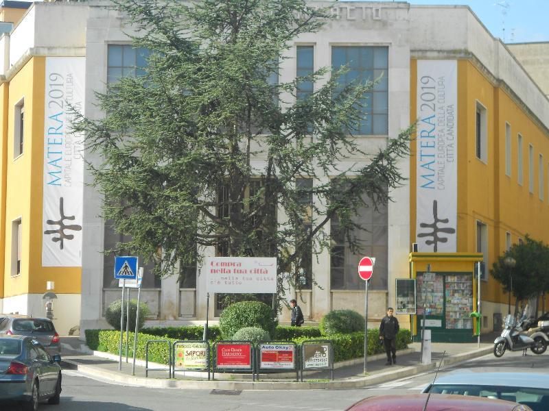 Logo di Matera 2019 anche sulla facciata della Camera di Commercio di Matera